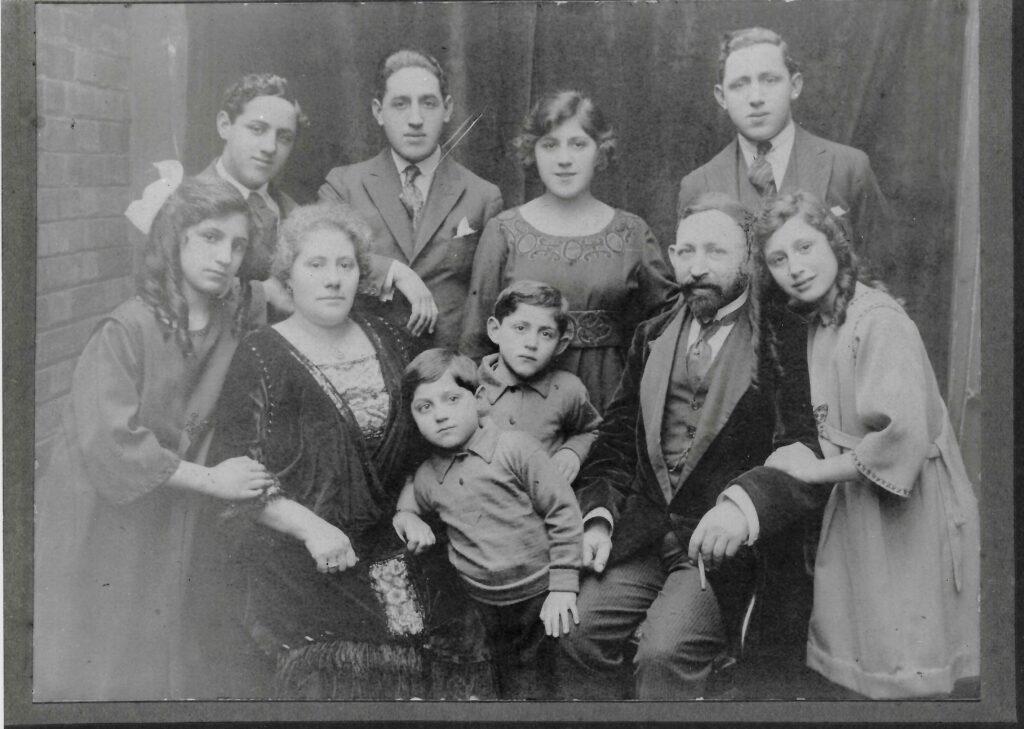 family photo, 1918
