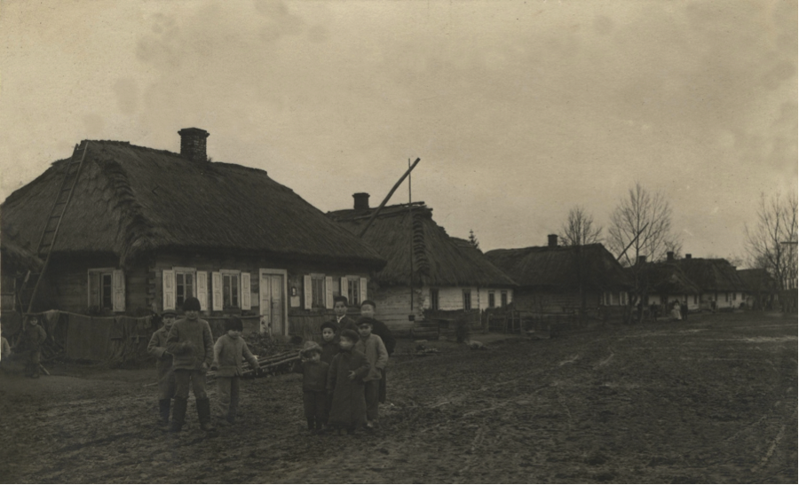 Jewish children in Dlugosiodlo